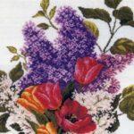 Сирень и тюльпаны