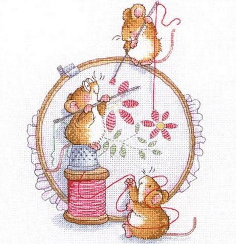 Мышки вышивают
